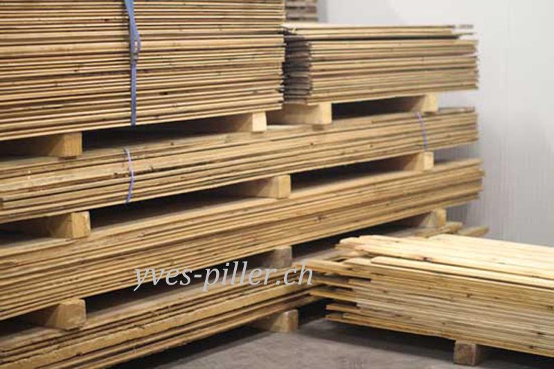 planche vieux bois id e int ressante pour la conception de meubles en bois qui inspire. Black Bedroom Furniture Sets. Home Design Ideas
